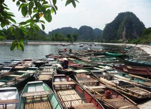 Hoa Lu - Tam Coc Tour Packages
